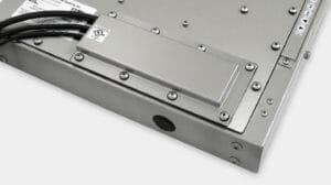 Opción de placa de cubierta de salida para cables con prensaestopas y clasificación IP65/IP66 o IP22 para monitores industriales de montaje universal